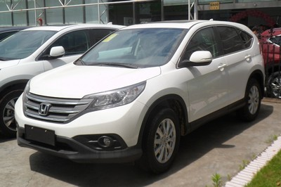 2006 Honda CR-V with License plate 38XZWK