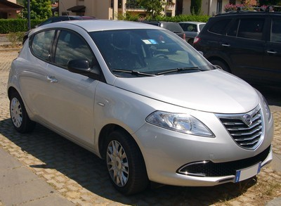 2005 Lancia Ypsilon with License plate J3N2