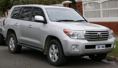 2007 Toyota Land Cruiser with License plate JROV